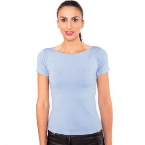 hellblaues, kurzärmeliges Shirt mit extra weitem Rundhals Ausschnitt aus hochwertiger, blickdichter Viskose von Haye Fashion Hamburg